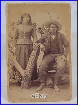 1880's INDIAN WARS BUFFALO SOLDIER & CHIEF OF APACHE SCOUTS CABINET CARD PHOTO