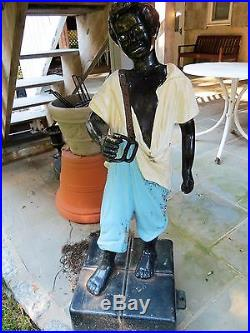 BLACK AMERICANA LAWN GROOMSMAN HITCHING POST(antique) CAST IRON, 45 on stand