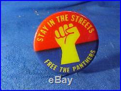 Orig 1960s FREE THE BLACK PANTHERS Political Statement PINBACK