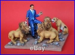 Pack of 4 Annie Lee President Obama in the Lion's Den Figurine