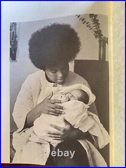 THE VANGUARD A Photographic Essay on the Black Panthers RARE 1970 Beacon H/C