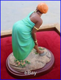 THOMAS BLACKSHEAR'S EBONY VISIONS OH YES SHE DID! FIRST EDITION FIGURINE with BOX