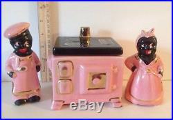 VINTAGE BLACK AMERICANA SALT& PEPPER WITH GREASE JAR